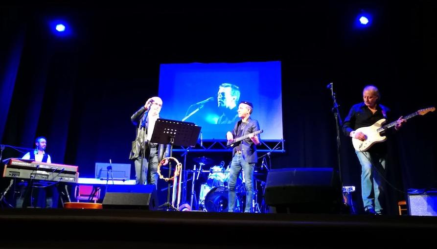 Band Rotariane sul palco del teatro di Lamporecchio per beneficenza